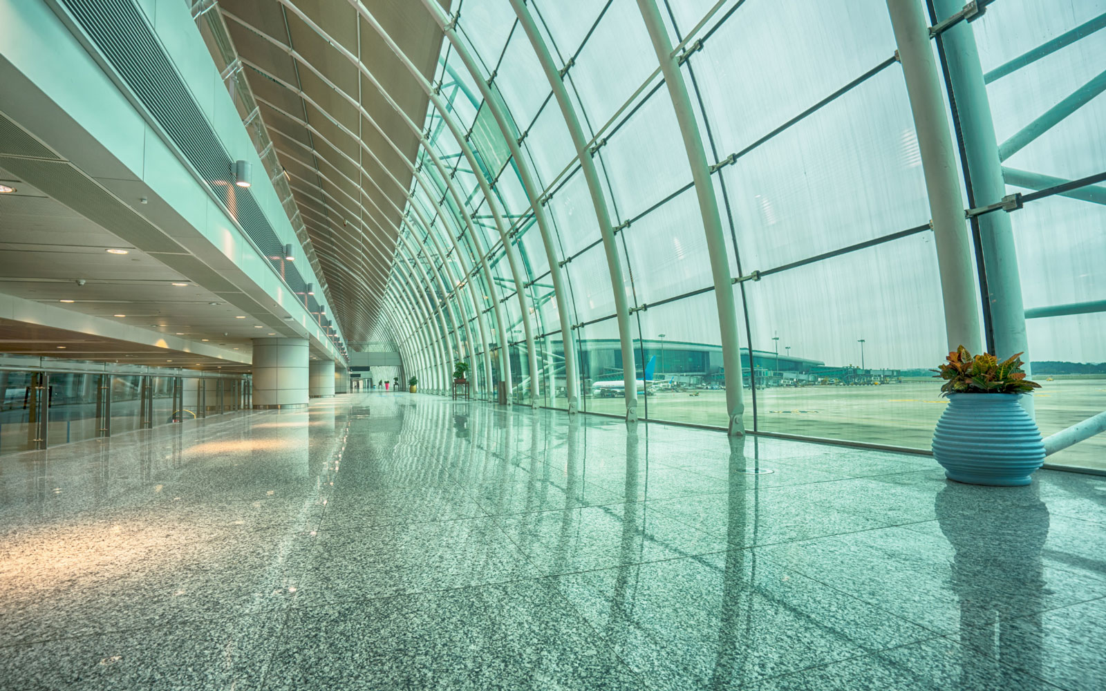 curved glass installed at airport